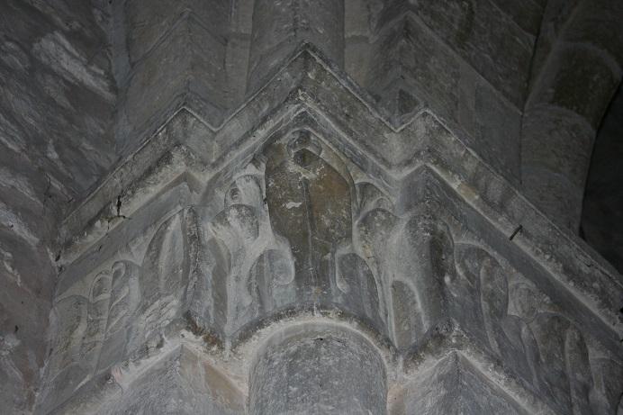 St Remi chapiteaux 046 red.jpg