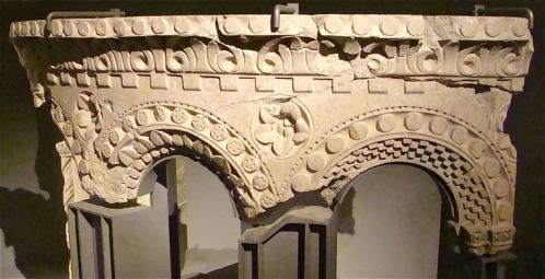 Cluny ambon mobilier liturgique cluny III.jpg