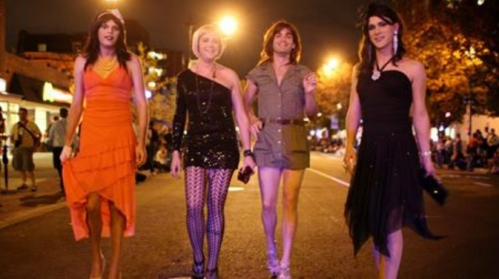 Fête travestie pour Halloween.jpg