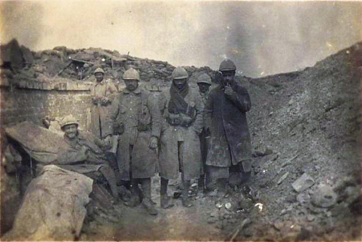 N°3 soldats à R.1 (1) REVU.jpg