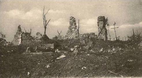 Paul Boucher 11-3 Image8 Ruines eglise Sailly-Saillisel.jpg