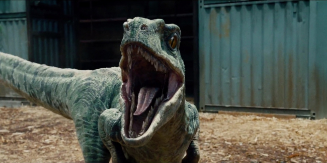 jurassic-world-raptor-938849.jpg