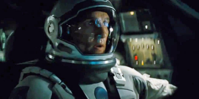 why-christopher-nolan-insisted-on-making-interstellar-available-on-old-school-film.png