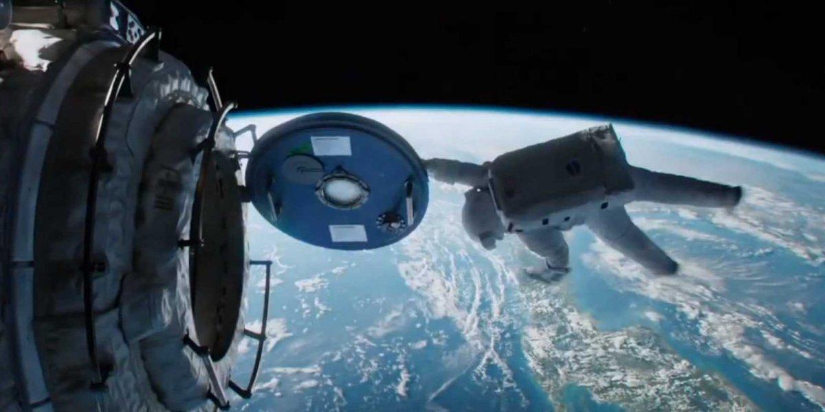 gravity-trailer-space.jpg