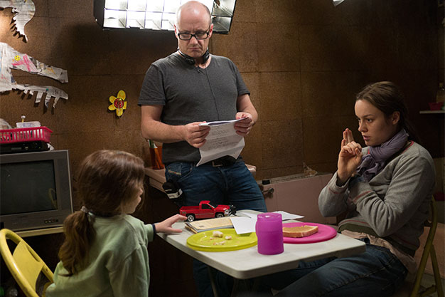 1_Director-Lenny-Abrahamson-Jacob-Tremblay-and-Brie-Larson-in-ROOM-.jpg