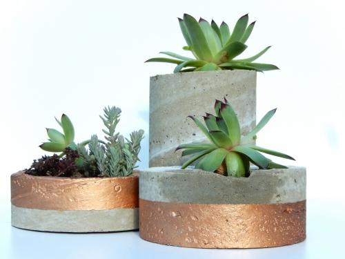 Créer des pots en ciment et cuivre
