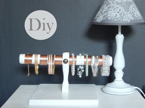 DIY  un présentoir pour bracelets