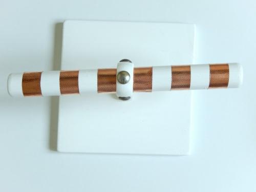 DIY  un présentoir pour bracelets 5