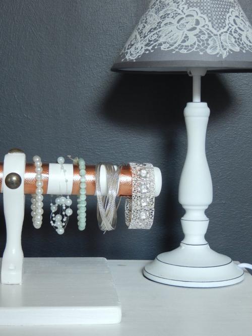 DIY  un présentoir pour bracelets 10