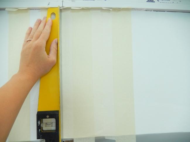 diy créer des rayures sur un mur 2