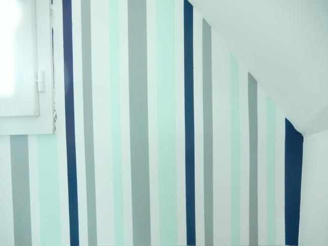 diy créer des rayures sur un mur 4