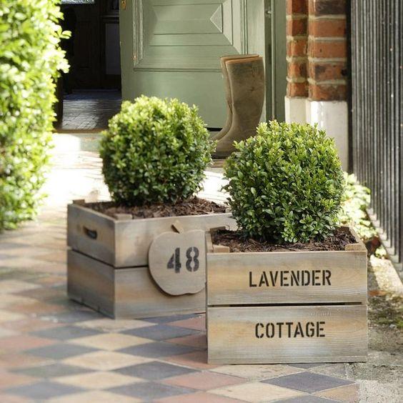 Caisse à vin jardinière 1