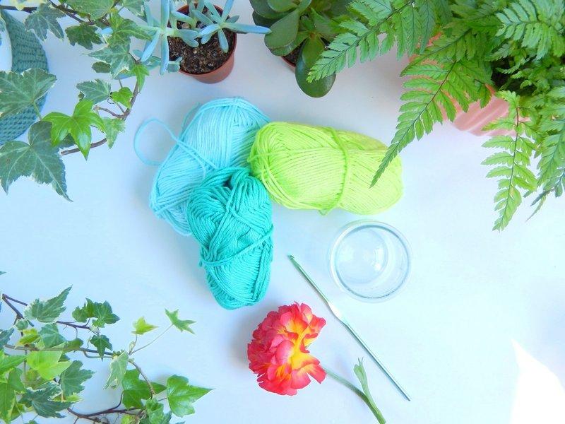 diy des vases muraux au crochet 1