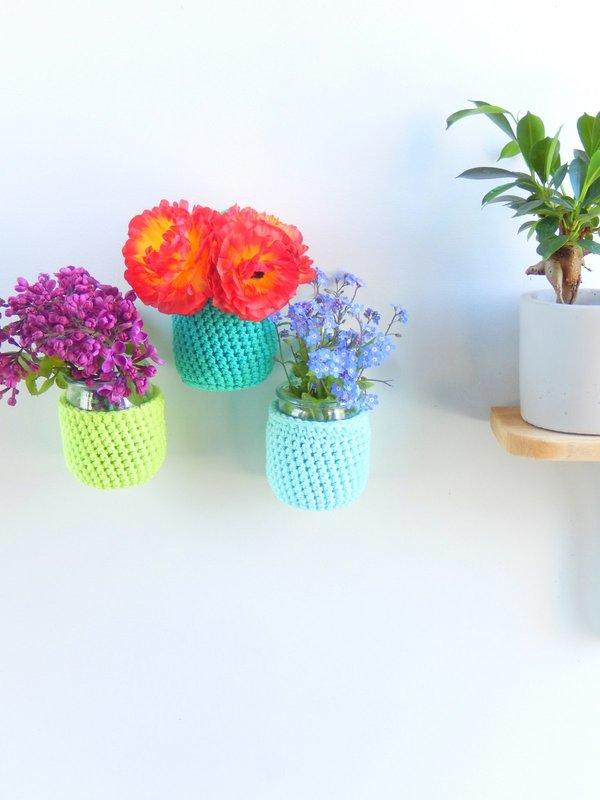 diy des vases muraux au crochet 3