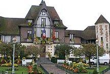 Deauville Mairie.JPG