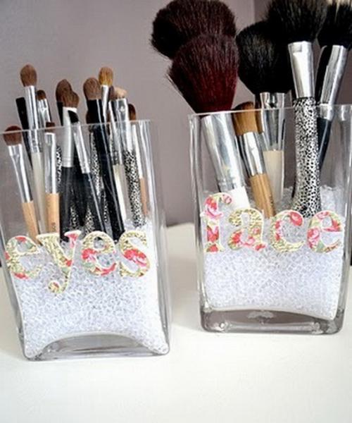 Cool-Makeup-Storage-Ideas_25.jpg