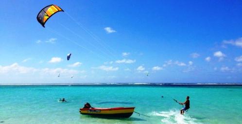 2013-kitesurf-paradise-mauritius-palmar-belle-mare-0005-copie_Snapseed-1024x528.jpg
