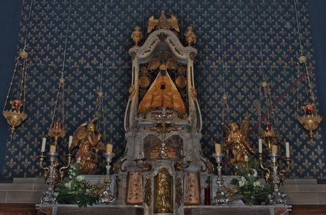 Vierge Noire du Puy Noël 2015.JPG