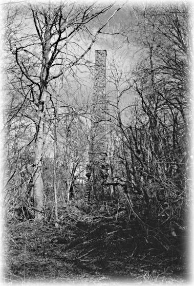 Cheminée de la Mine de Bosberty 63 photo Guy PEGERE.jpg