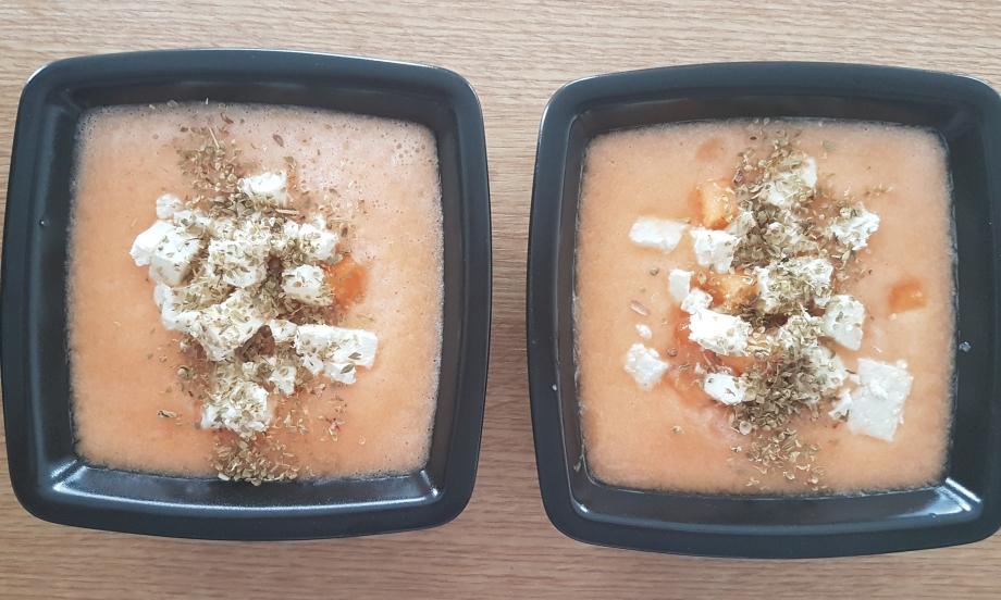 gaspacho melon feta origan.jpg
