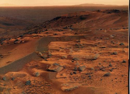 Dans les dunes martiennes