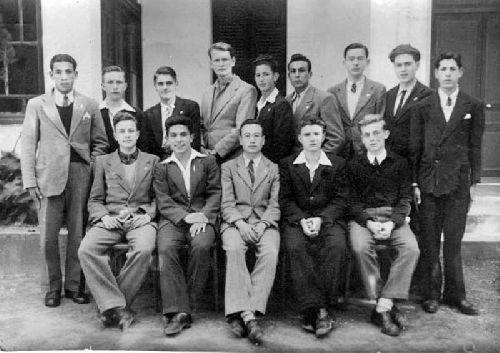 ECOLE NORMALE DE BOUZAREA CHEIKH YAHI : PROMO 1945/1949