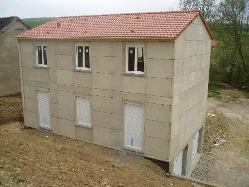 Toiture et fenetres maisonphenix for Fenetre toiture
