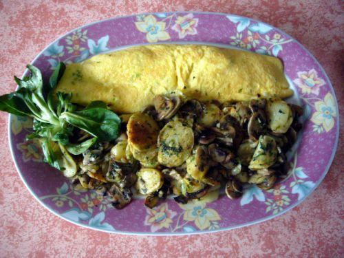 Omelette aillet/pommes de t. Champignons