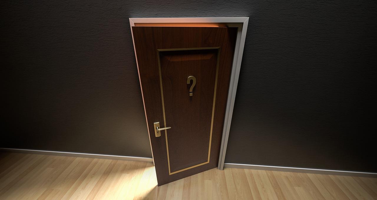 door-1590024_1280.jpg