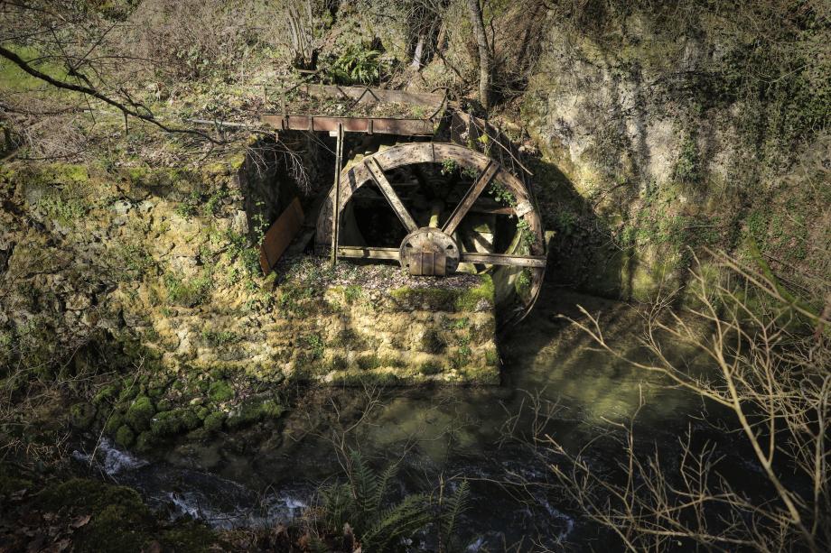 200228.7 - Chevilly La Tine de Conflans - Venoge et roue à aubes-Edit.jpeg
