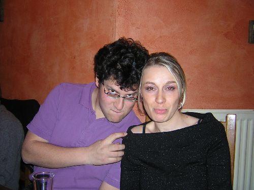 Tomas (qui adore les grimaces) et Carole
