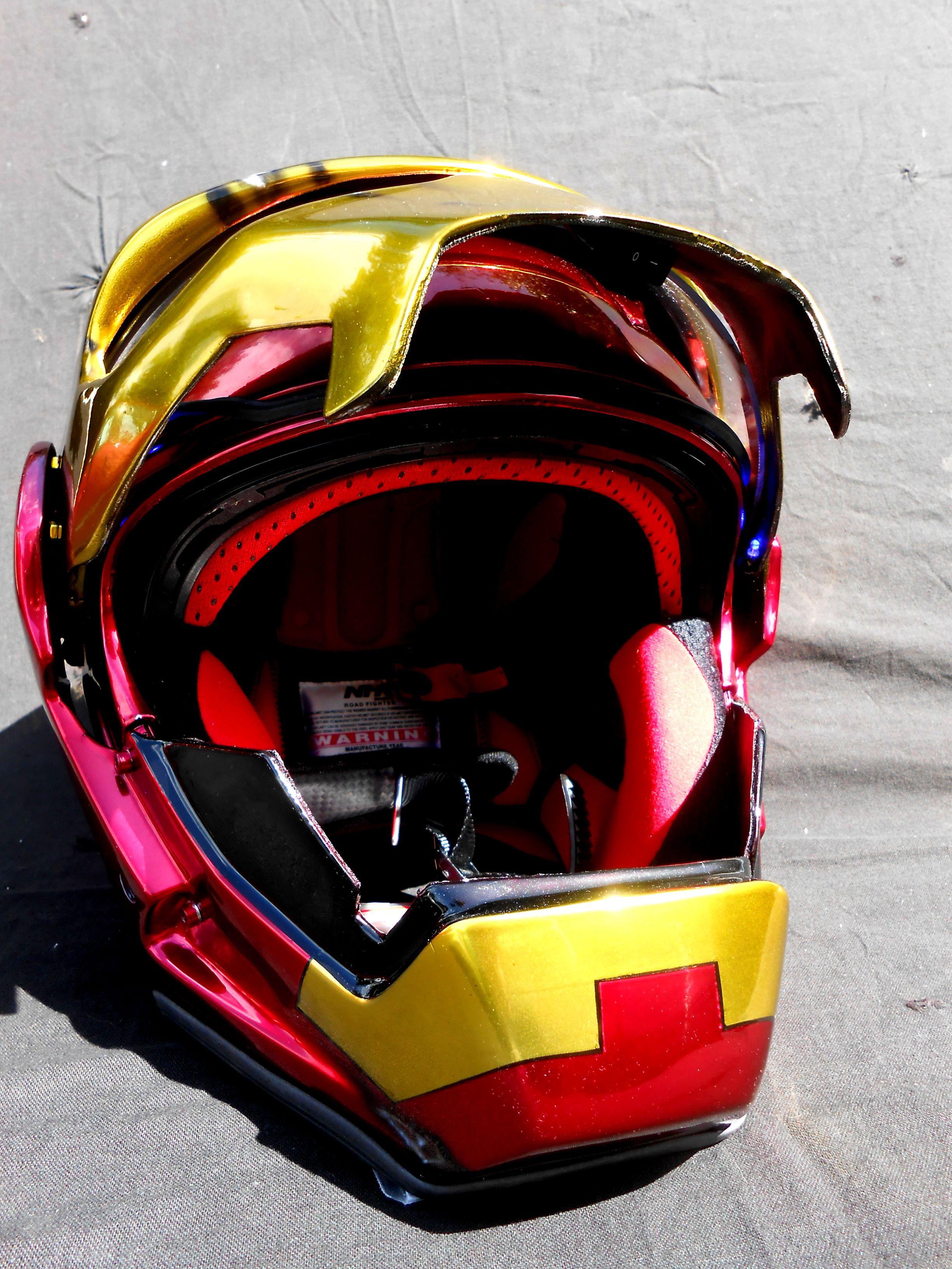 les casques sp ciaux peintures a rographe sur casques moto scooter pocket bike velo. Black Bedroom Furniture Sets. Home Design Ideas