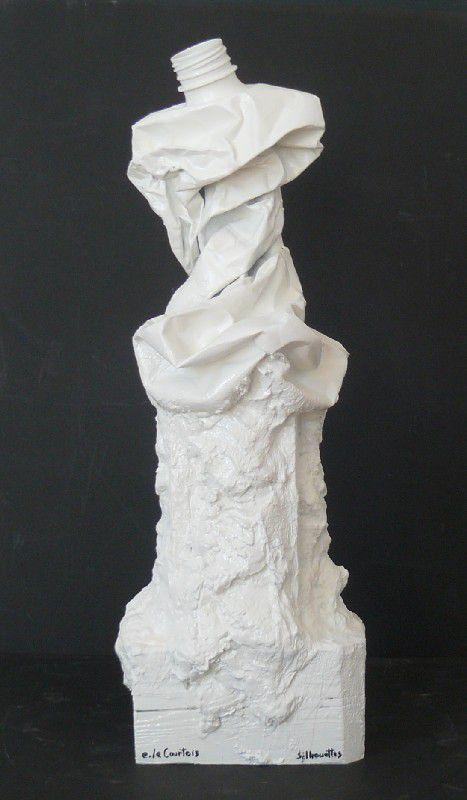 5.7.6/10. sculpture. silhouette