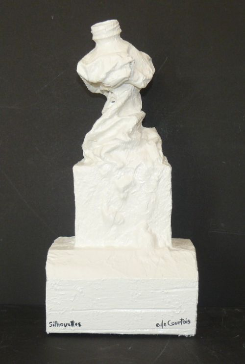 5.7.8/10 sculpture. silhouette