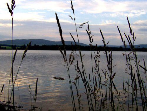 Loch Lintrathnen, à l'entrée de Glenisla, en Ecosse