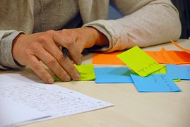 brainstorming-441010__180.jpg