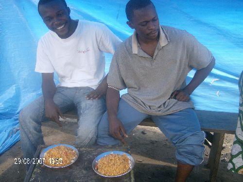 Manger dans un malewa
