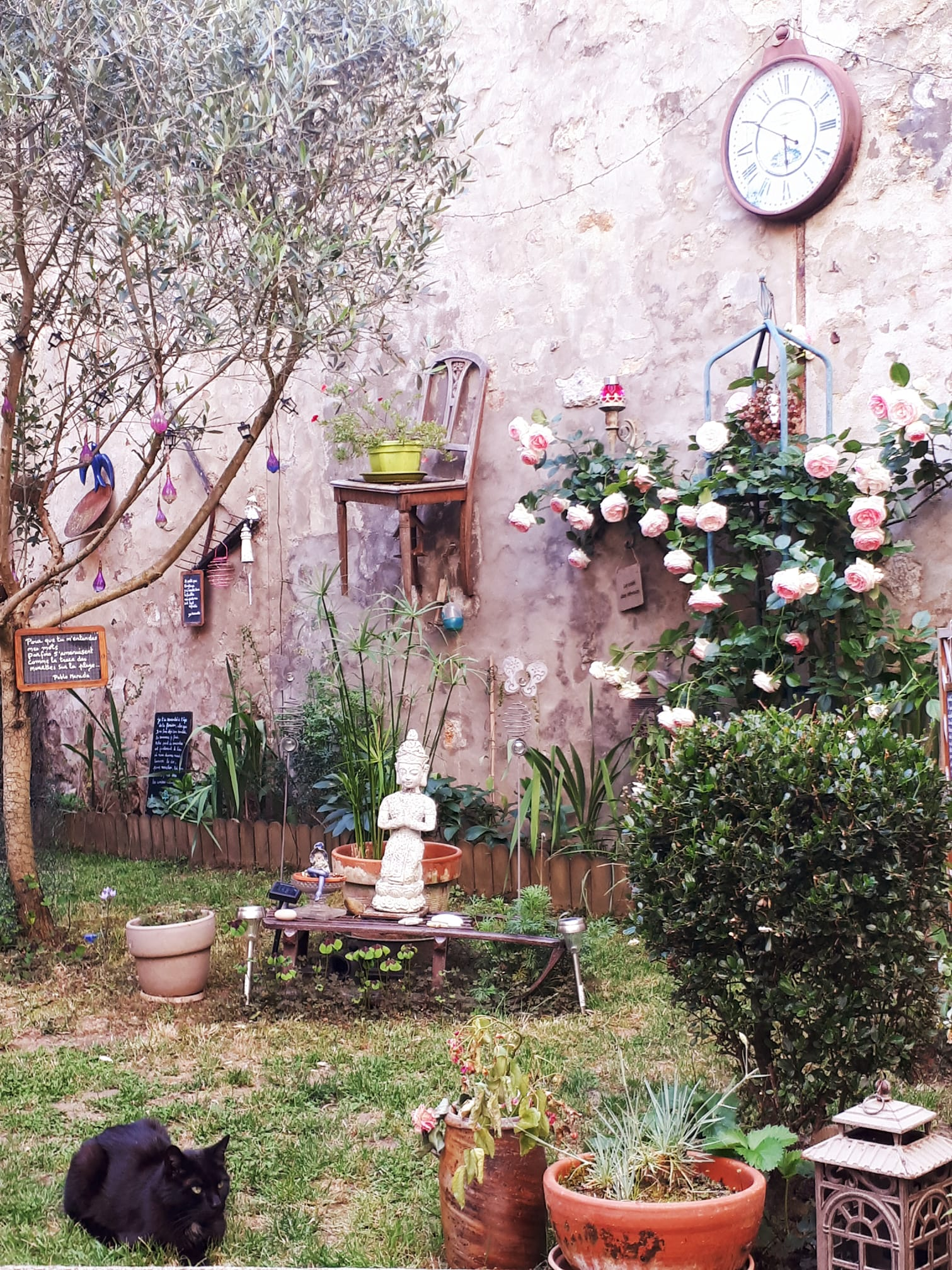 Sara Do Jardin Poétique juin 2018.jpg