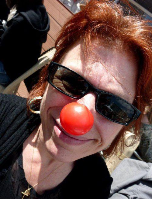 Sara Do clown by  Nathalie ThétrAiles