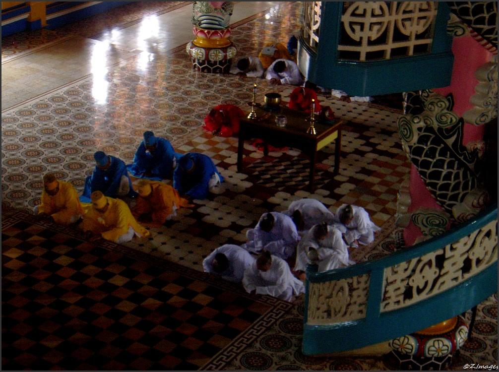 Vietnam 06 Messe Kao DaiR.jpg