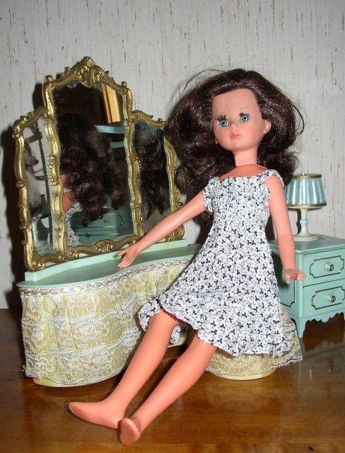 Corinne dans sa chambre dernière partie / Third and last part