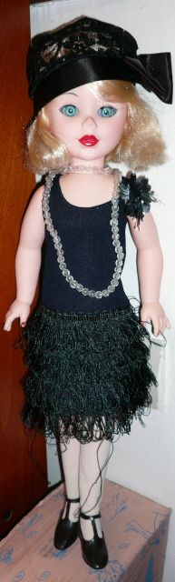 Une splendide Fiba en tenue Charleston