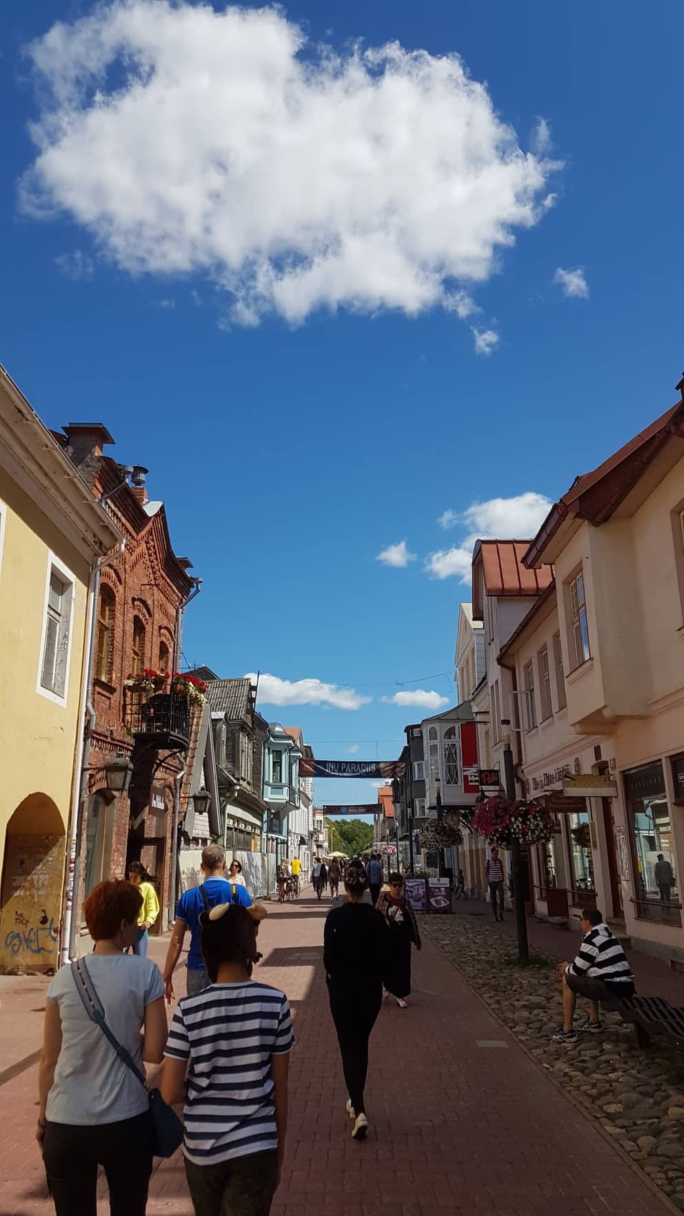 Rue de Parnu
