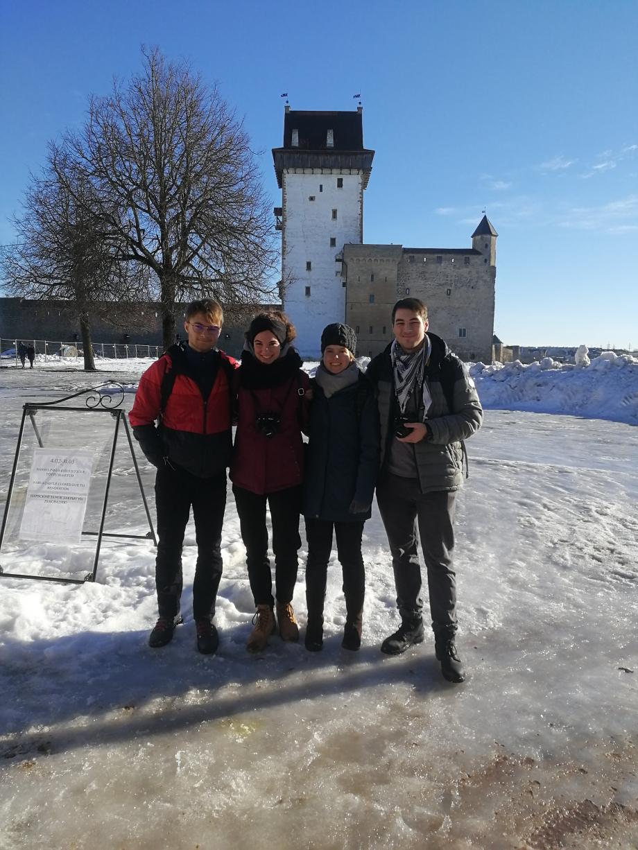 En déplacement a Narva ville Estonienne frontalière de la Fédération de Russie.