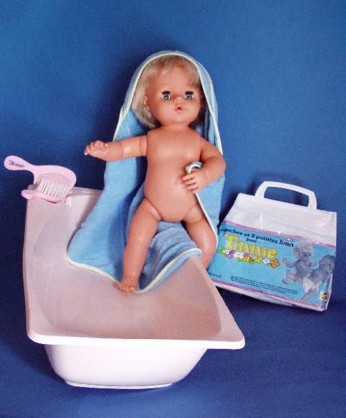 PLASTIQUE. Raynal, Tinnie + baignoire et accessoires