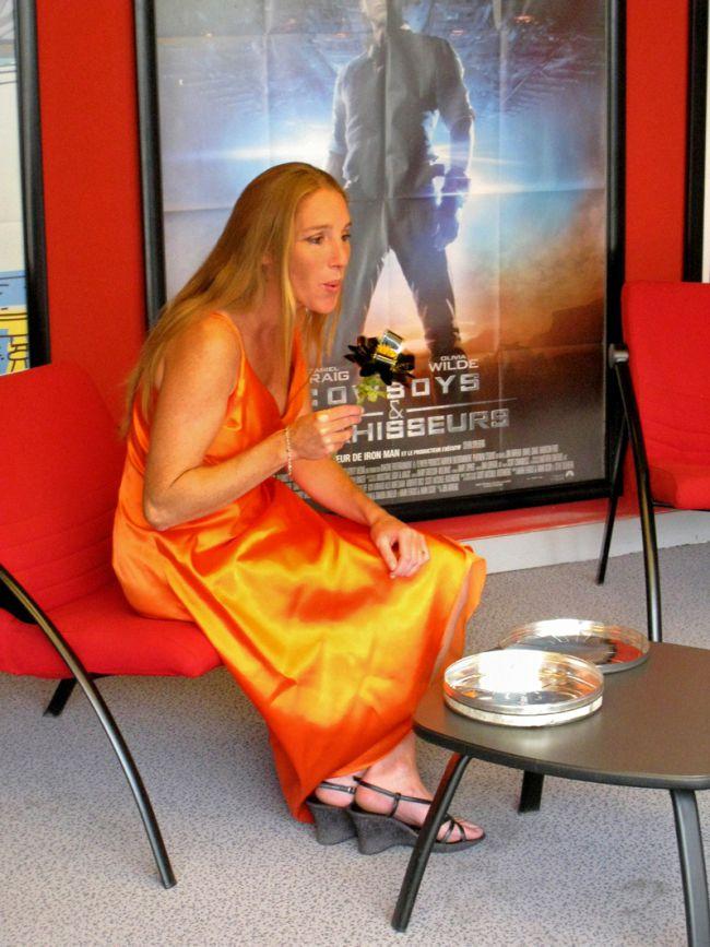 Patricia lors du tournage du clip pour les 20 ans de Chlorofilm le 4 octobre 2011. Le public  et l'équipe  Chlorofilm ont  tellement apprécié son sens  de l'accueil et  ses  qualités professionnelles ....