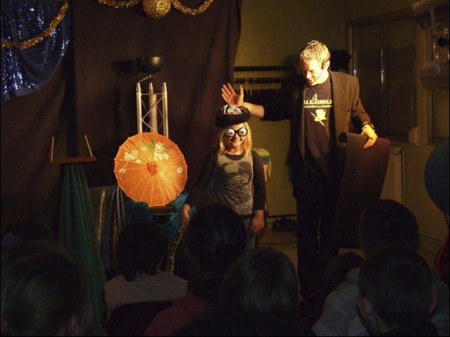 Magicien spectacle enfants 76 26 Rouen Le havre Fecamp Cany-barville.png