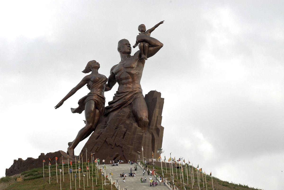 Le_Monument_de_la_Renaissance_africaine.jpg