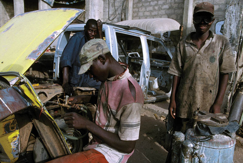 Senegal_Ec_05b_-_03_c_Desjeux.jpg