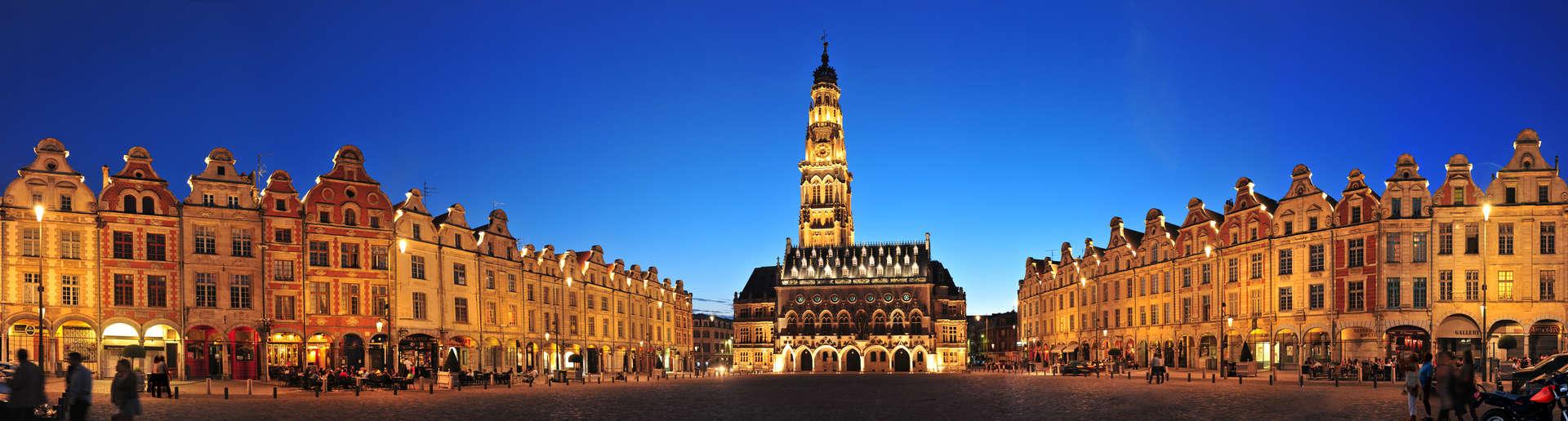 Les-places-d-Arras-des-lieux-uniques-au-monde_format_zoom.jpg